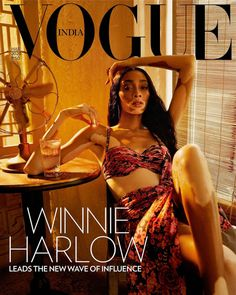Captured by photographer Billy Kidd, Canadian model Winnie Harlow wears a Tarun Tahiliani dress on the cover of Vogue India's March 2020 issue. In the cover. Vogue Magazine Covers, Fashion Magazine Cover, Fashion Cover, Daily Fashion, Fashion Fashion, High Fashion, Vogue Vintage, Vintage Vogue Covers, Winnie Harlow
