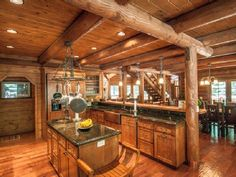 Lassen Lodge: Hat Creek fishing lodge. Gourmet kitchen and dining room view from front door. Great room is in the background. Sleeps 14! VRBO # 479385