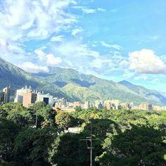 Fotografía cortesía de @vanessasuarez6  #LaCuadraU #GaleriaLCU #Caracas #Venezuela #FelizDomingo