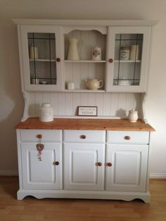 Open shelves for the kitchen of the super farm ideas - Trautes Heim 2 - Möbel / furniture Shabby Chic Kitchen, Shabby Chic Homes, Shabby Chic Decor, Kitchen Dresser, Kitchen Furniture, Kitchen Decor, Kitchen Chairs, Furniture Restoration, Kitchen Living