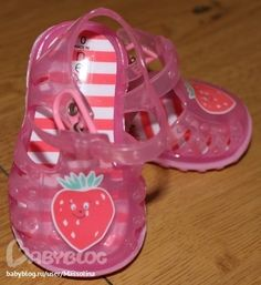 Jelly shoes. Cute!