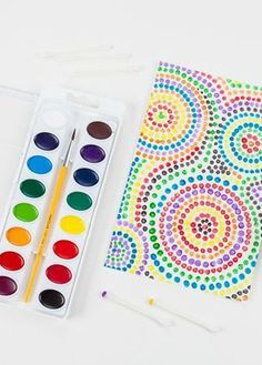 Dazzling Dot Painting - Get creative with cotton swabs and Crayola Watercolors in this simple, yet impressive, painting pro - time painting Dot Painting, Painting For Kids, Time Painting, Art Activities For Kids, Therapy Activities, Camping Crafts, Art Classroom, Summer Art, Art Plastique