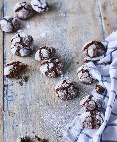 Jekkukeksit | Maku No Bake Cookies, Baking Cookies, Stuffed Mushrooms, Muffin, Cooking Recipes, Chocolate, Vegetables, Eat, Breakfast