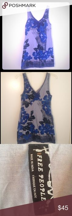 Free People dress size 0 rarely worn beautiful! Free People dress size 0 rarely worn beautiful blue color with flowers Free People Dresses Mini