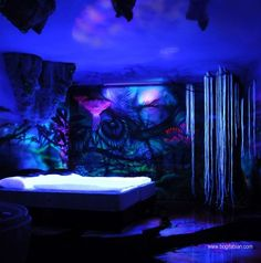 Wonderful Glow In The Dark Room Painting! When lights go out, my room becomes dreamy. Bedroom Murals, Bedroom Themes, Wall Murals, Bedroom Decor, Bedroom Ideas, Mural Art, Creative Wall Painting, Creative Walls, Creative Lights