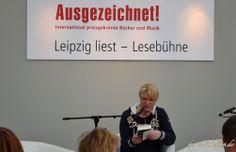 """Nele Neuhaus liest aus ihrem Krimi """"Böser Wolf"""" auf der Leipziger Buchmesse 2014 http://violabellin.de/die-leipziger-buchmesse-2014/"""