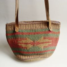woven straw bag / sisal bag / southwestern by OldBaltimoreVintage