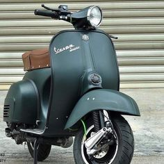 Vespa VespaYou can find Vespa scooters and more on our website. Piaggio Vespa, Vespa Bike, Lambretta Scooter, Scooter Scooter, Vespa Motorcycle, Vespa Et2, Vespa Px 150, Vespa Sprint, Vintage Vespa