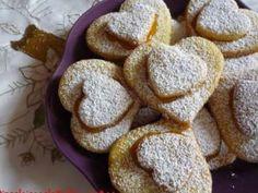 Cuori di frolla. Scopri la ricetta su PetitChef.it ----> http://www.petitchef.it/ricette/dessert/cuori-di-frolla-fid-587709