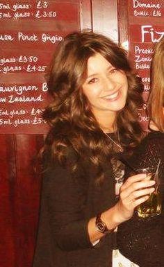 @Eleanor Smith Calder  your sooooooo beautiful!!!! I'd love to talk to you some time :)