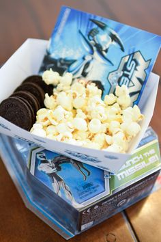 Max-Steel-Viewing-Party-to-go