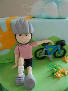 Il giro d'Italia - by oriettabasso @ CakesDecor.com - cake decorating website Sugar Paste, Gum Paste, Cupcakes, Cupcake Cakes, 25 Anniversary Cake, Fondant People, Bolo Minnie, 50th Cake, Biscuit