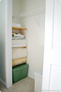 How to use the wasted space in a #closet #DIY