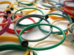 Live In Art: Recycled, Recycled Bangles Bracelet made from Old Knitting Kneedles, jewelry, jewellery, recycled, upcycled, greem eco friendly crafts, cool teenager craft project