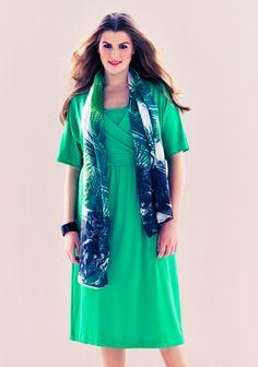 XL-kokoinen mekko SK 3/14. Kimono Top, Tops, Women, Fashion, Moda, Fashion Styles, Fashion Illustrations, Woman