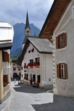 Scuol. Engadin. Graubünden.