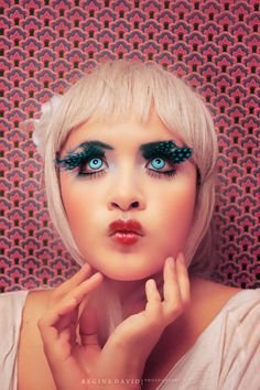 40+ Strickly Fashion Runway Make-Up Photography | Design Inspiration. Free Resources & Tutorials
