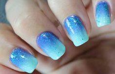 Uñas decoradas color turquesa, uñas decoradas color turquesa y azul. Clic y Síguenos,  #coloruñas #colornailsdesign #uñasmoda