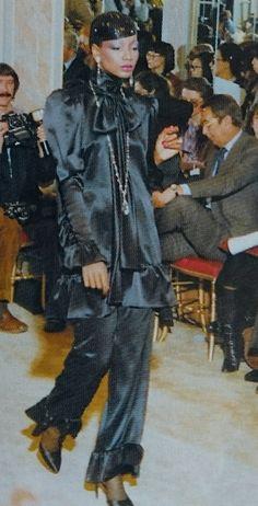 Janvier 1979. Haute couture été 1979. L Officiel 1000 modèles.