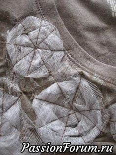 Wonderful Choose the Right Fabric for Your Sewing Project Ideas. Amazing Choose the Right Fabric for Your Sewing Project Ideas. Sewing Hacks, Sewing Crafts, Sewing Projects, Embroidery Fashion, Hand Embroidery, Machine Embroidery, Sewing Clothes, Diy Clothes, Design Your Own Tshirt