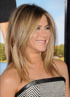 Jennifer Aniston Medium Jagged Hairstyle for Straight Hair