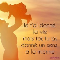 Quotes and inspiration QUOTATION - Image : As the quote says - Description Citation maman - aufeminin maman Sharing is love, sharing is Best Quotes, Love Quotes, Inspirational Quotes, Positive Attitude, Positive Quotes, Selfie Captions, Plus Belle Citation, Quote Citation, French Quotes