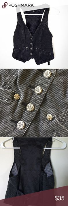 """GUESS Houndstooth Pattern Like Denim Button Vest Houndstooth pattern front Silky back 4 silver & black rose detail buttons 4 other silver hardware 2 fake front pockets Latch adjustment on back Color: Dark grey & black  Size: Small  Condition: Excellent - worn once  Material: Front - 98% cotton, 2% Spandex Back - 97% Polyester, 3% Spandex  Measurements: LENGTH: 17"""" SHOULDER WIDTH: 11"""" BUST: 13.5"""" front laying flat - adjustable  No imperfections. Pet/Smoke free home. 💖 Guess Jackets & Coats…"""