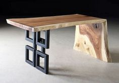 Mesa de madera y metal | Phillips Collection