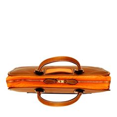 Trash Cougar Female: Leather laptop bag with extra long handles. Handmade in Italy. #Laptop_Bag #Trash #travelteq