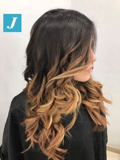 Degradé Joelle Amber #cdj #degradejoelle #tagliopuntearia #degradé #igers #musthave #hair #hairstyle #haircolour #longhair #ootd #hairfashion #madeinitaly #wellastudionyc