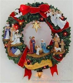 Nativity sets to welcome the savior. Christmas Nativity Set, Decoration Christmas, Christmas Door, Christmas Holidays, Christmas Ornaments, Felt Ornaments, Christmas Projects, Holiday Crafts, Illumination Noel