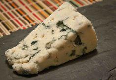 Top 5 des accords fromage et vin - La Feuille de Vigne
