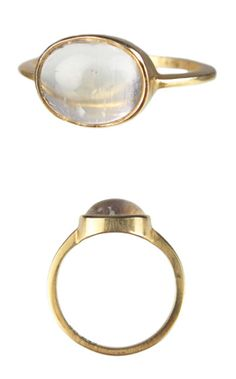 Obsessed with the thin gold, large stone rings...