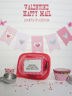 Valentine Happy Mail - Party in a Box