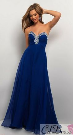 prom dress in navy blue ; looks great with dirty blonde hair like in the picture!
