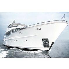 Futuristische luxusyachten  Pin von Yinka Daniel-Elebute auf Super Yachts | Pinterest ...