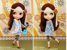 ukulele blythe doll