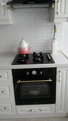 Altın, Ankastre, Beyaz mutfak, Country mutfak, Mutfak, Siyah, Tezgah arası seramik