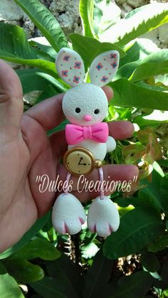 Pasta Flexible, Salt Dough, Little Pets, Arts And Crafts, Clay, Baby Shower, Dolls, Christmas Ornaments, Holiday Decor
