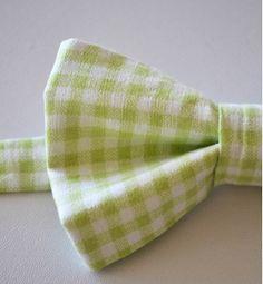 green gingham wedding groom bow tie
