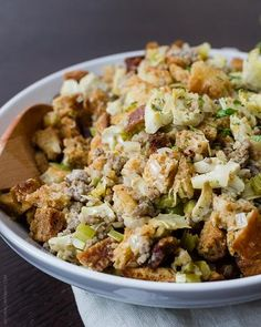 This Jones Diary Farm artichoke sausage stuffing recipe with sourdough croutons is a mouthwatering side dish that will steal the show. Get the recipe. Pork Sausage Recipes, Stuffing Recipes, Side Recipes, Fall Recipes, Traditional Stuffing Recipe, Gluten Free Beer, Beer Bread, Sausage Breakfast, Pastor