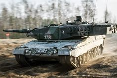 Polish Leopard 2A5 tank in action