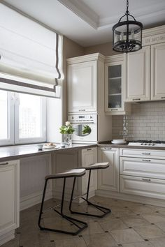 There is no question that designing a new kitchen layout for a large kitchen is much easier than for a small kitchen. A large kitchen provides a designer with adequate space to incorporate many convenient kitchen accessories such as wall ovens, raised. Kitchen Cabinet Layout, Small Kitchen Cabinets, Cabinet Design, New Kitchen, Kitchen Small, Kitchen Ideas, Kitchen Corner, Diy Cabinets, Corner Cabinets