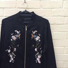 minotleyBeautiful jacket from #zara #ootd #instafashion #outfitoftheday #todaysoutfit #zaraaddict #bomberjacket #jaket #ザラ #今日のコーデ #ボンバージャケット #ジャケット #刺繍