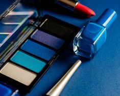 5 Ways To Work Classic Blue, Pantone's 2020 Colour Of The Year, Into Your Beauty Routine