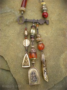 Shaman's Amulet Necklace Maggie Zee www.maggiezee.blogspot.com
