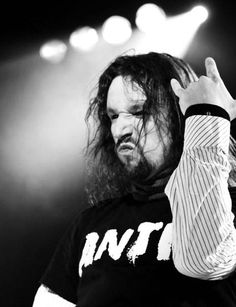 Feeling the passion - Tony Kakko from Sonata Arctica Live Rock, Rock N Roll, Heavy Metal, Passion, Fictional Characters, Art, Musica, Rock Roll, Heavy Metal Music