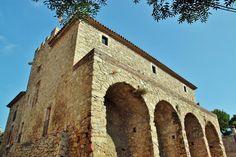 http://guias-viajar.com/ Castillo de Benedormiens en Castell de Aro en Baix Ampurdán en Costa Brava