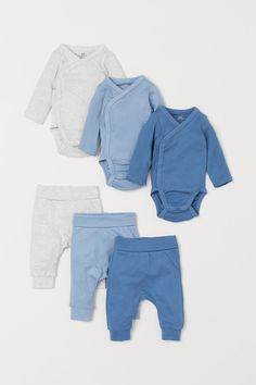 Baby Outfits Newborn, Baby Boy Outfits, Leggings, Bodies, Coton Biologique, Overall, Long Sleeve Bodysuit, Fashion Company, Neue Trends