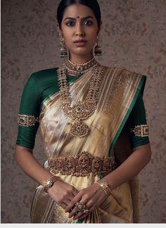 Half Saree Designs, Bridal Blouse Designs, Saree Blouse Designs, Gold Bridal Jewellery Sets, Bridal Jewellery Inspiration, Lehenga Saree Design, Madisar Saree, Silk Sarees, Sari